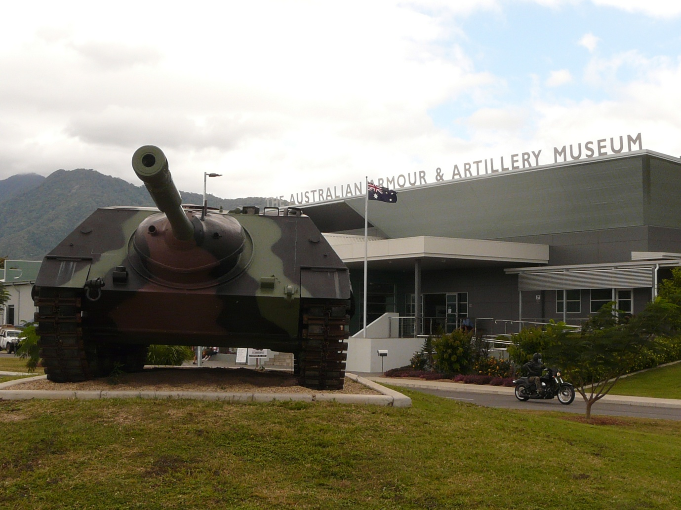 As a taste of what is to come, the entry is dominated by this self propelled artillery piece.